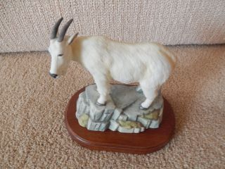 Fine Porcelain Mountain Goat Figurine With Wood Stand 7