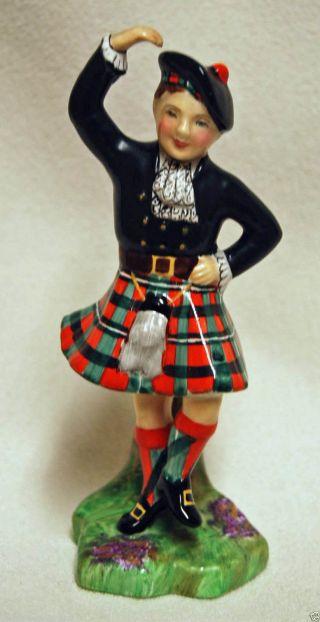Vintage Radnor Bone China England Wee Laddie Macgregor Scottish Dancer Figurine photo