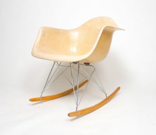 Rare Vintage Eames Herman Miller Rocker Rocking Arm Shell Chair Marked photo