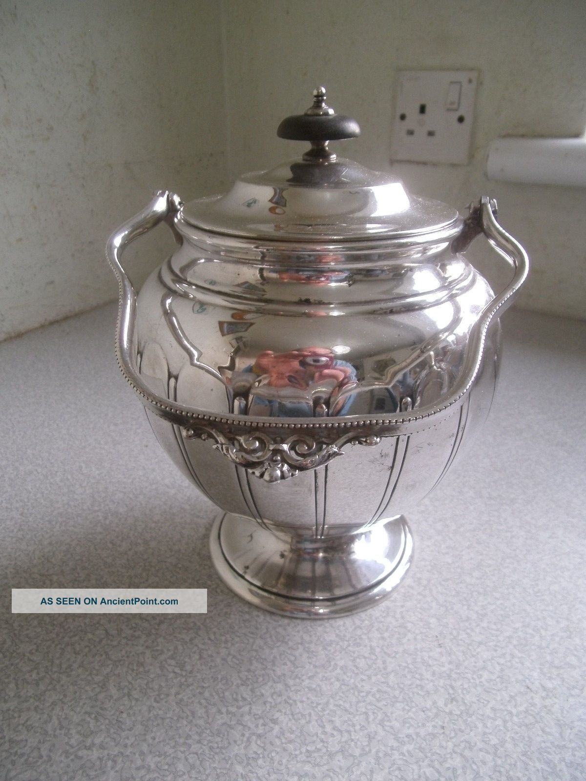Lovely Vintage / Antique Silver Plated Biscuit Barrel - Hinged Lid Dishes & Coasters photo