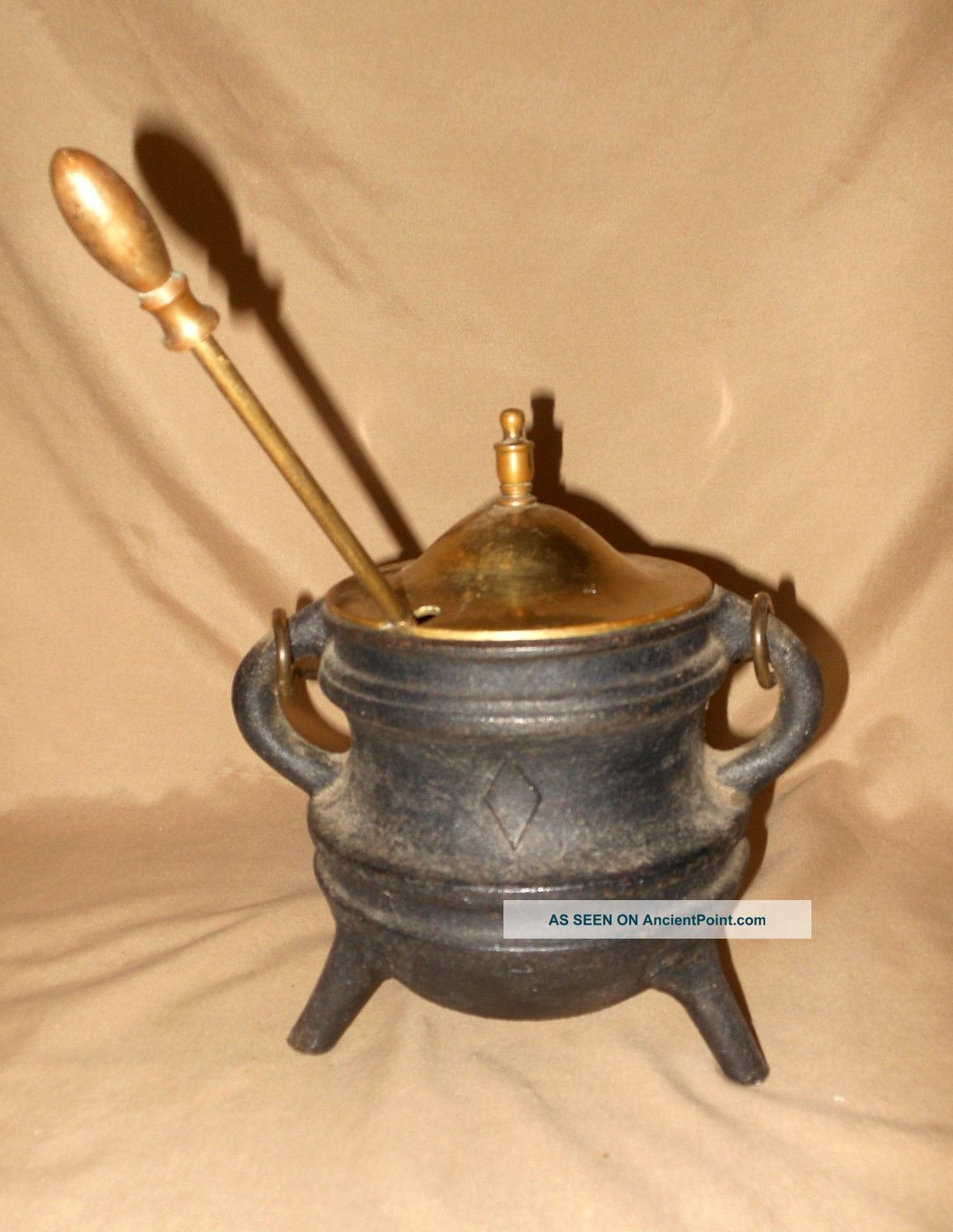 Cast Iron Vintage Fireplace Fire Starter Oil Pot With Brass Lid,  Handle & Wand. Hearth Ware photo