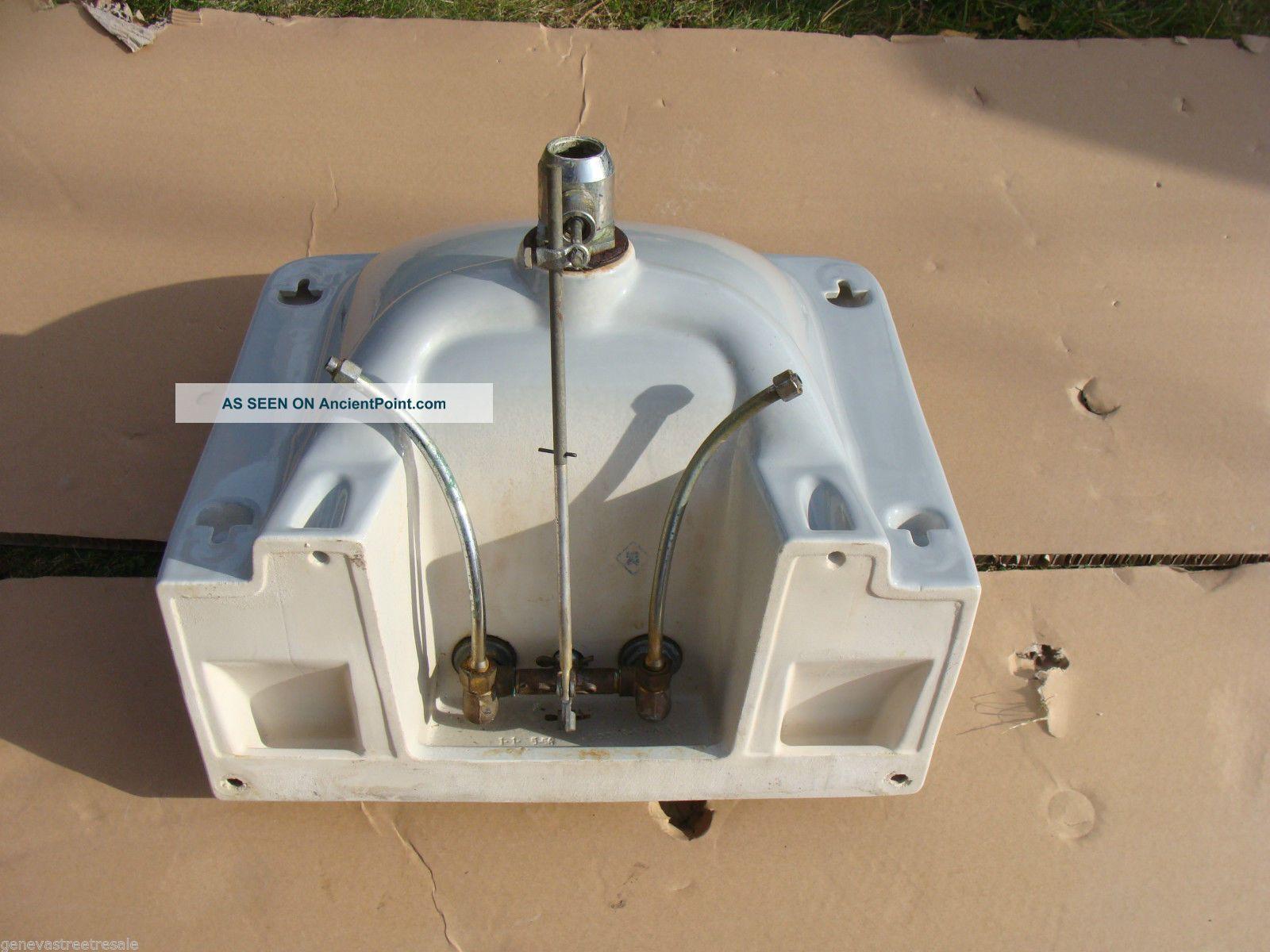 Briggs Bathroom Sinks : Vintage Briggs Bathroom Kitchen Light Gray Porcelain Sink W/fixtures ...