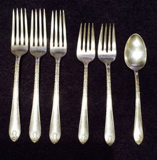 6 Exquisite Wm Rogers Forks,  Spoon International Silver Plate 1940 Flatware photo