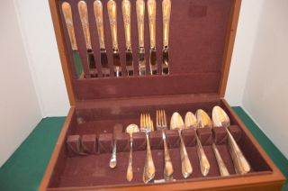 Vintage 1847 Rogers Bros.  52 Pc.  Silverplate Adoration Flatware In Storage Chest photo