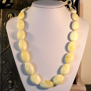Vintage White Cloudy Amber Colour Oval Beads Necklace Length 600 Mm photo
