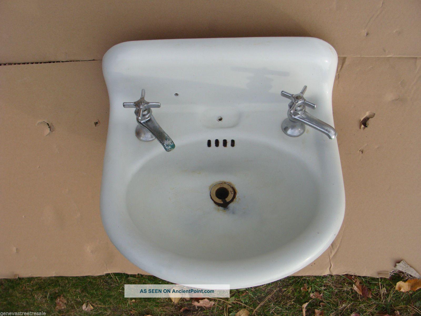 Antique Vintage Standard White Cast Iron Porcelain Sink Bathroom Plumbing 1918 Sinks photo