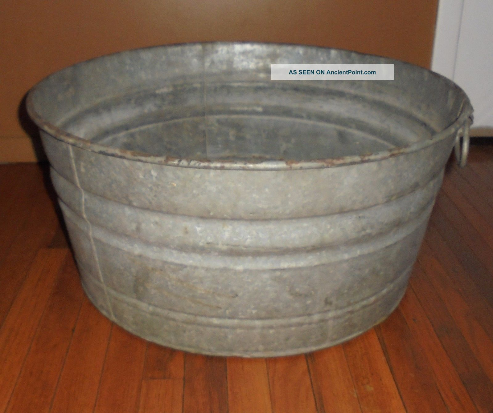 Large Wash Tub : Vintage Large Galvanized Metal Round Wash Tub Weddings Beverage Holder ...