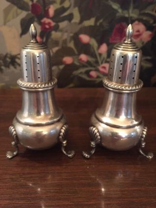 Fisher (c1936) Sterling Silver Salt & Pepper Shakers Shell Pedestal Legs 410 photo