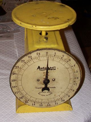 Vtg Autowate Kitchen Scale 25lb Painted Yellow Metal 9x7