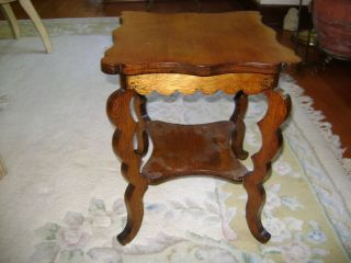 Small Vintage Medium Tone Wood End Side Table Display Stand W/shelf Curvy Legs photo