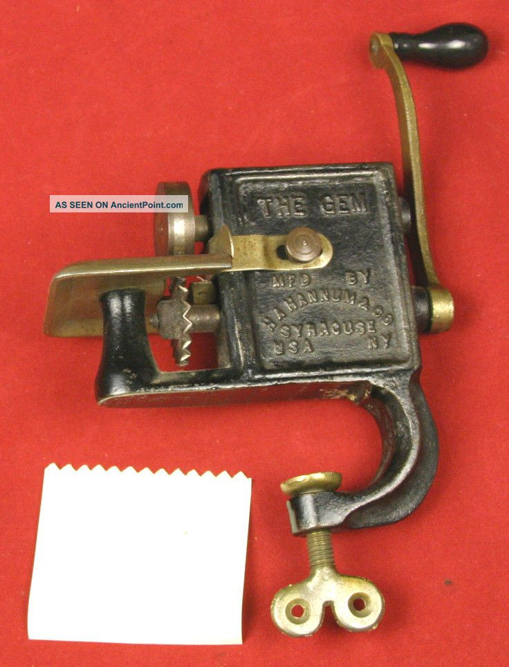 The Gem Antique Cast Iron Clamp On Pinking Machine C.  1903 H.  A.  Hannum & Co. Other Antique Sewing photo