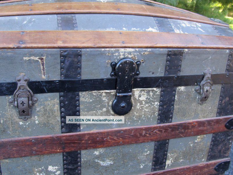 Large Shabby Vintage Antique Wood Metal Dome Top Steamer Trunk Chest