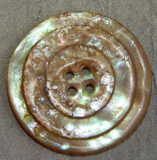 Antique Vintage Button Carved Mother Of Pearl Abalone Shell 033 - A photo
