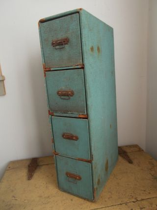 Old Antique Wood Salvaged Rustic Shabby Cottage 4 Drawer Dovetailed Chest Trunk photo