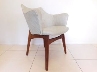 Adrian Pearsall For Craft Associates Inc.  Model 2418 - C Arm Chair.  Walnut Base photo