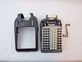 Vintage Art - Deco Victor Black 8 - Row Hand - Crank Adding Machine 6 - 8 - 0455906 photo