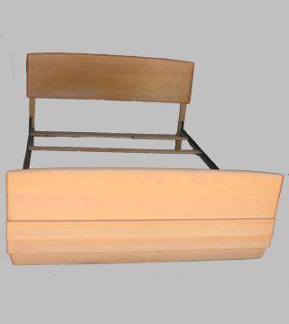 Heywood Wakefield Sculptura Bed– Champagne Finish – Mid Century Modern photo