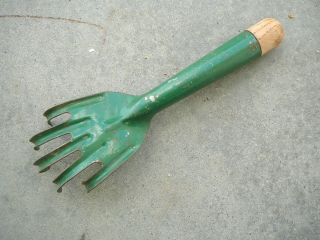Vintage Green Steel & Wood Hand Garden Cultivator Tool - Five Claws Tines Vg photo