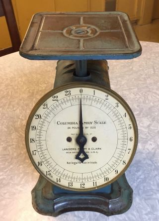 Vintage Columbia Family Scale 24 Pounds Landers Frary & Clark Pat.  1907 photo