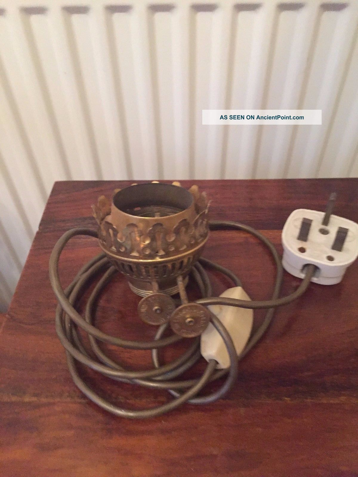 A Vintage Brass Duplex Oil Lamp Burner Converted To Electric Not 20th Century photo