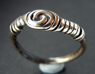 Rare Viking Æ Wire Ring - Circa 8th/10th Cent - Wearable Ad photo