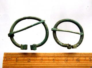 2 Ancient Bronze Fibulas (k329). photo