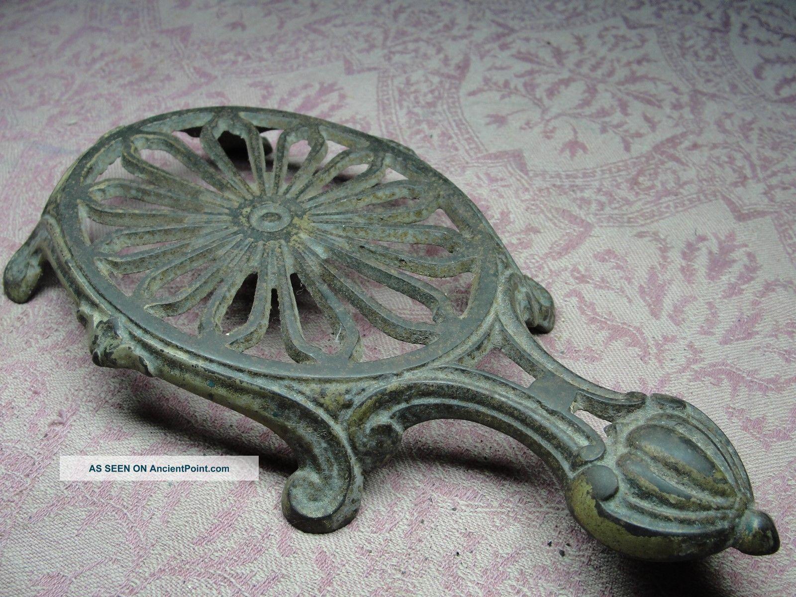 Antique Garron No.  5 Cast Iron Trivet Kitchen Sad Iron Trivets photo