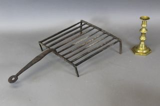 Late 18th C Wrought Iron Large Size Standing Broiler Or Gridiron Old Surface photo