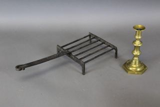 A Rare Small Size 18th C Wrought Iron Standing Broiler Or Gridiron Old Surface photo