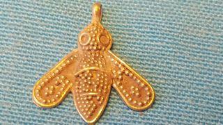 Solid 24k Gold Viking Queen Bee Pendant 1.  9 Grams photo