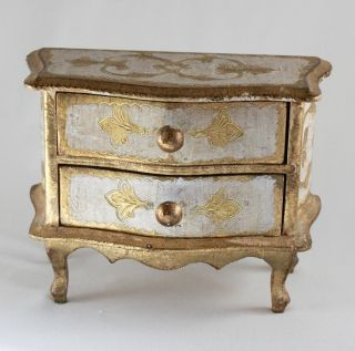 Vintage Italian Florentine Gilt Gold White Tole Chest Jewelry Box 6