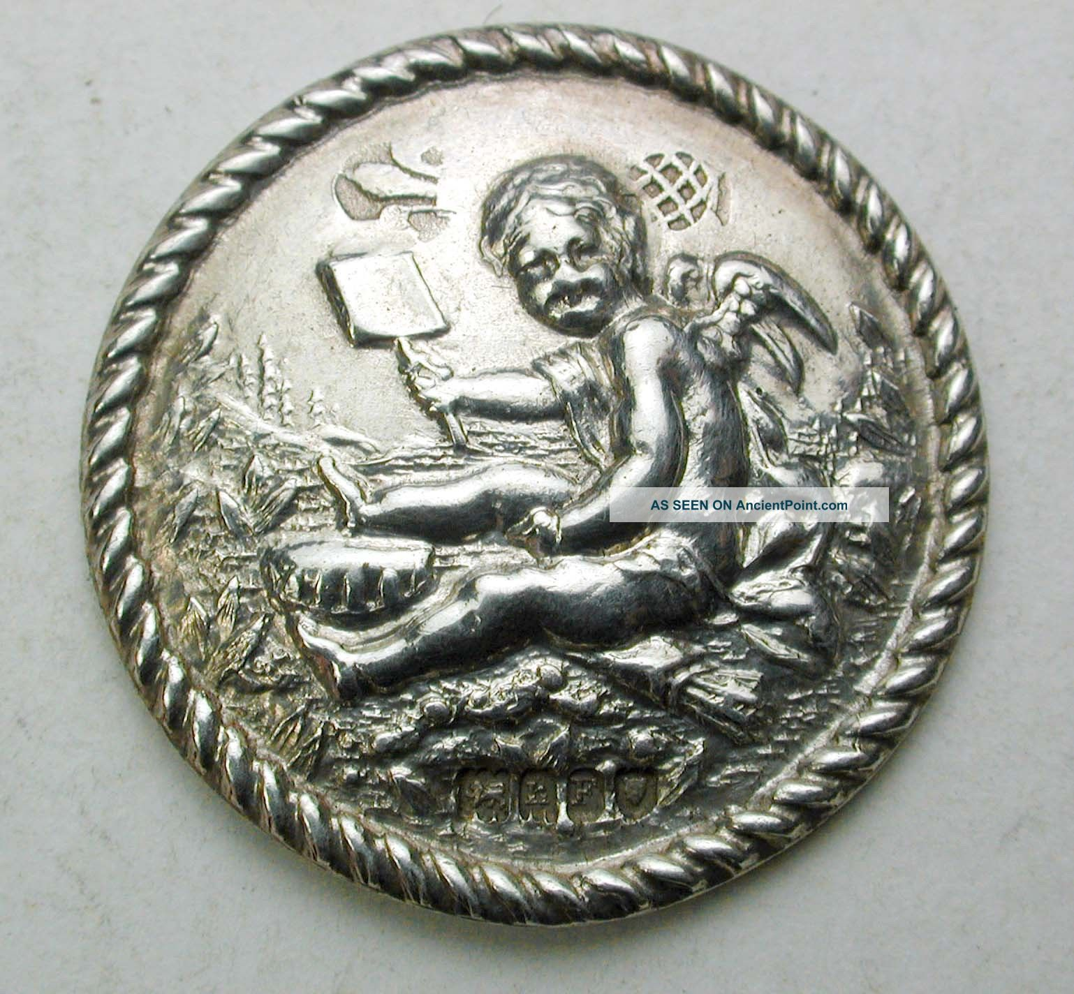 Antique Sterling Silver Button Cherub W/ Shovel Scene - 1