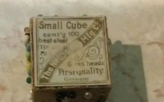 Germany Neusstoilet Pin Small Cube W/ Glass Needle Heads - Vintage photo