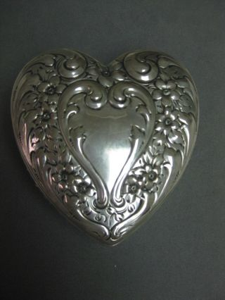 Sterling Silver Heart And Cut Crystal Heart Box Nr photo