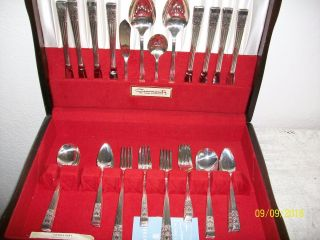 Oneida Coronation 52 Pc Community Plate Silverware Svc 8 photo