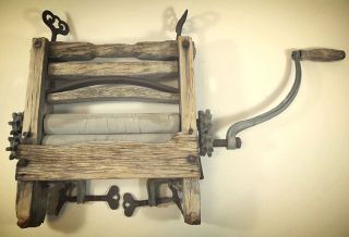 Antique Primitive Hand Crank Clothes Laundry Wringer - Wood / Metal - Decor photo