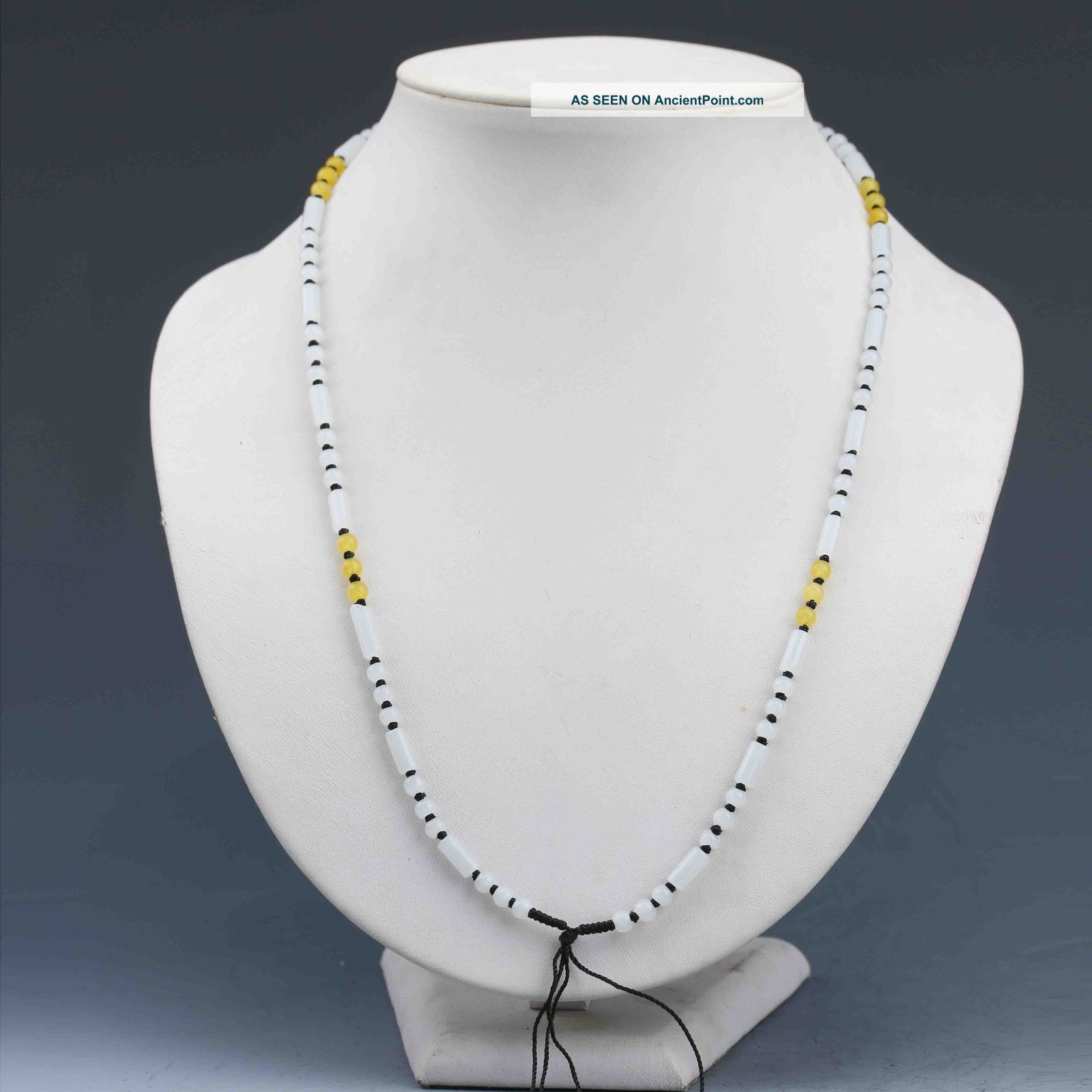 Chinese Natural Handcraft Jade Necklaces G897 Necklaces & Pendants photo