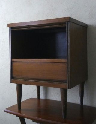 Vntg Mid Century Danish Modern Walnut 1 Drawer Nightstand 1960s photo