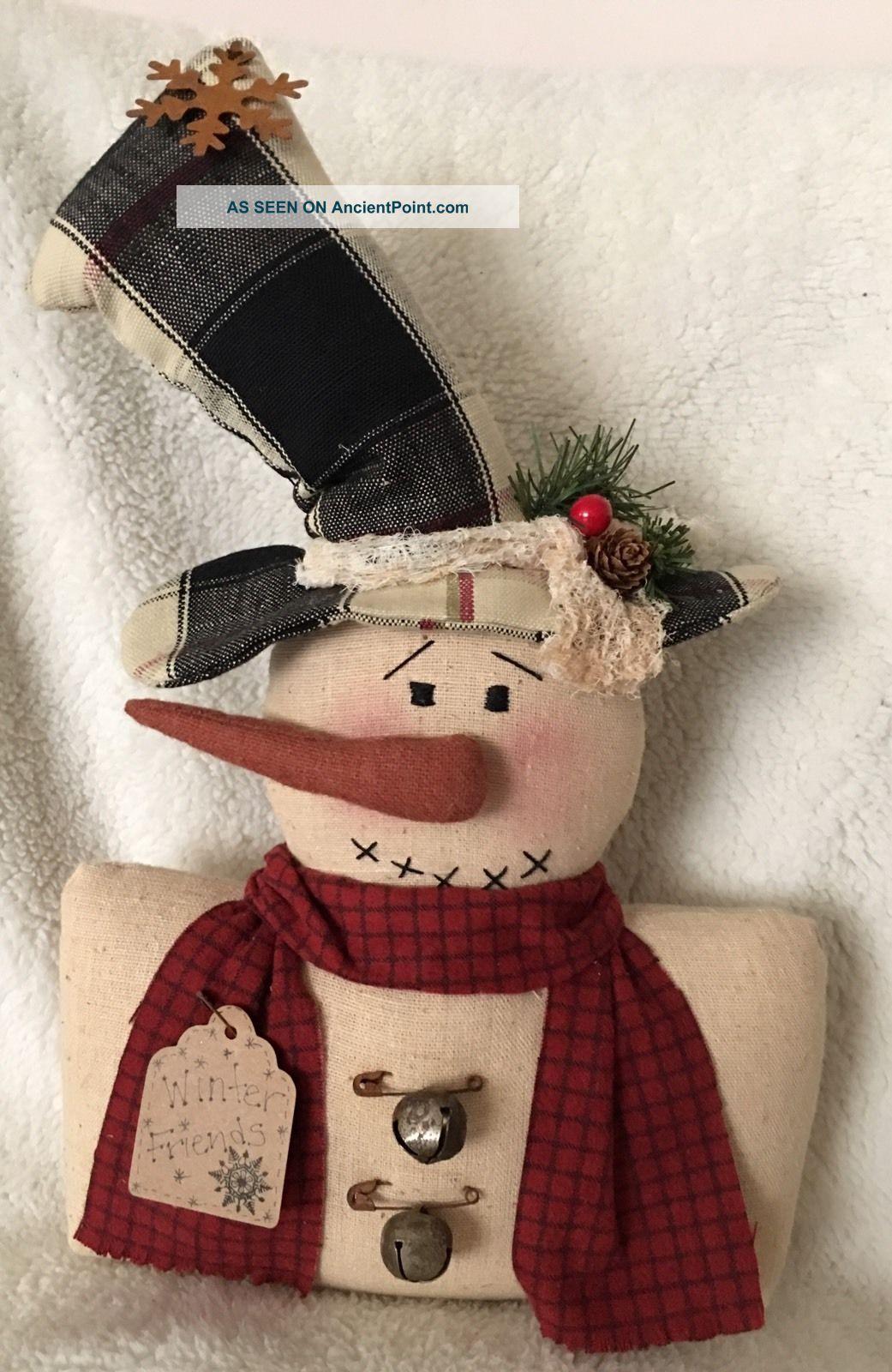 Primitive Snowman Sitter 16