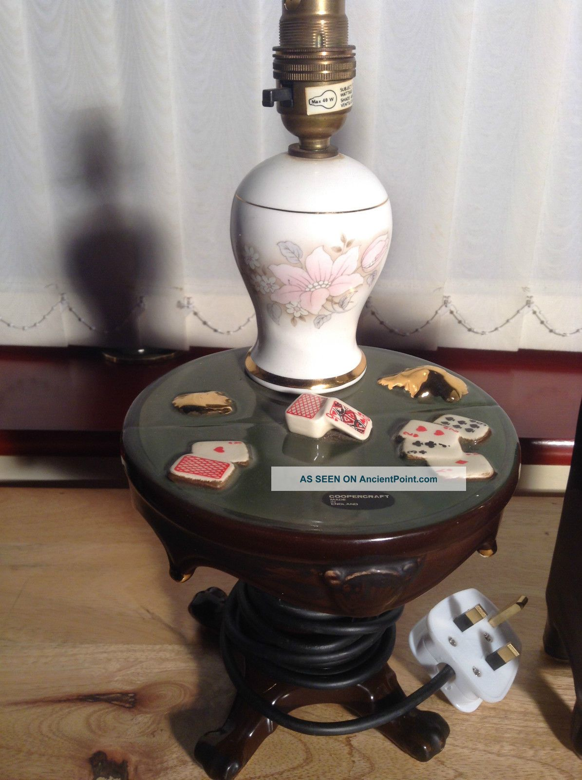 Vintage Cooper Craft Porcelain Novelty Table Bedside Lamp 1970 ' S - Card Game Table 20th Century photo