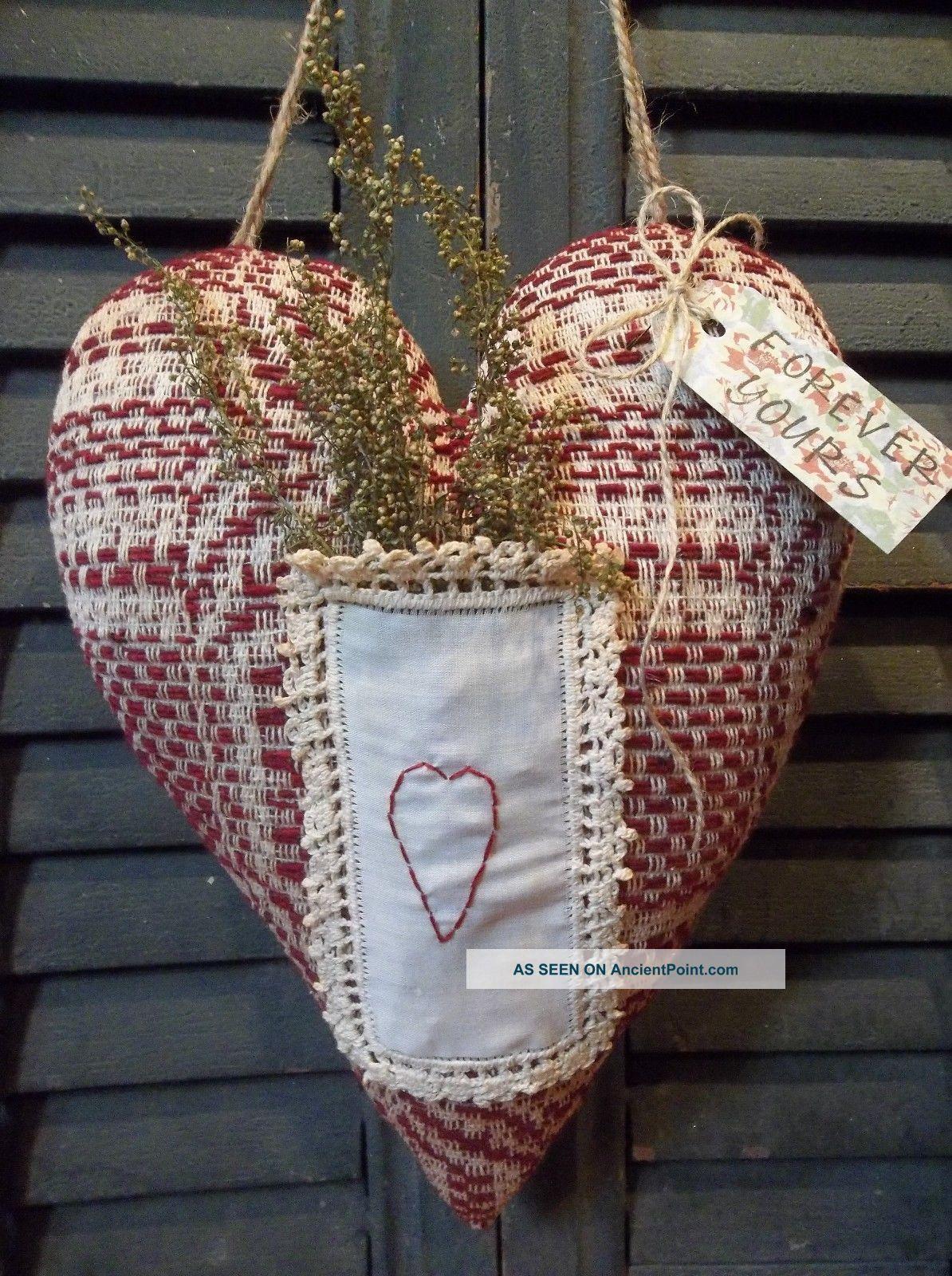 Sweet Primitive Handmade Vintage Coverlet Heart Door Greeter/peg Hanger Primitives photo
