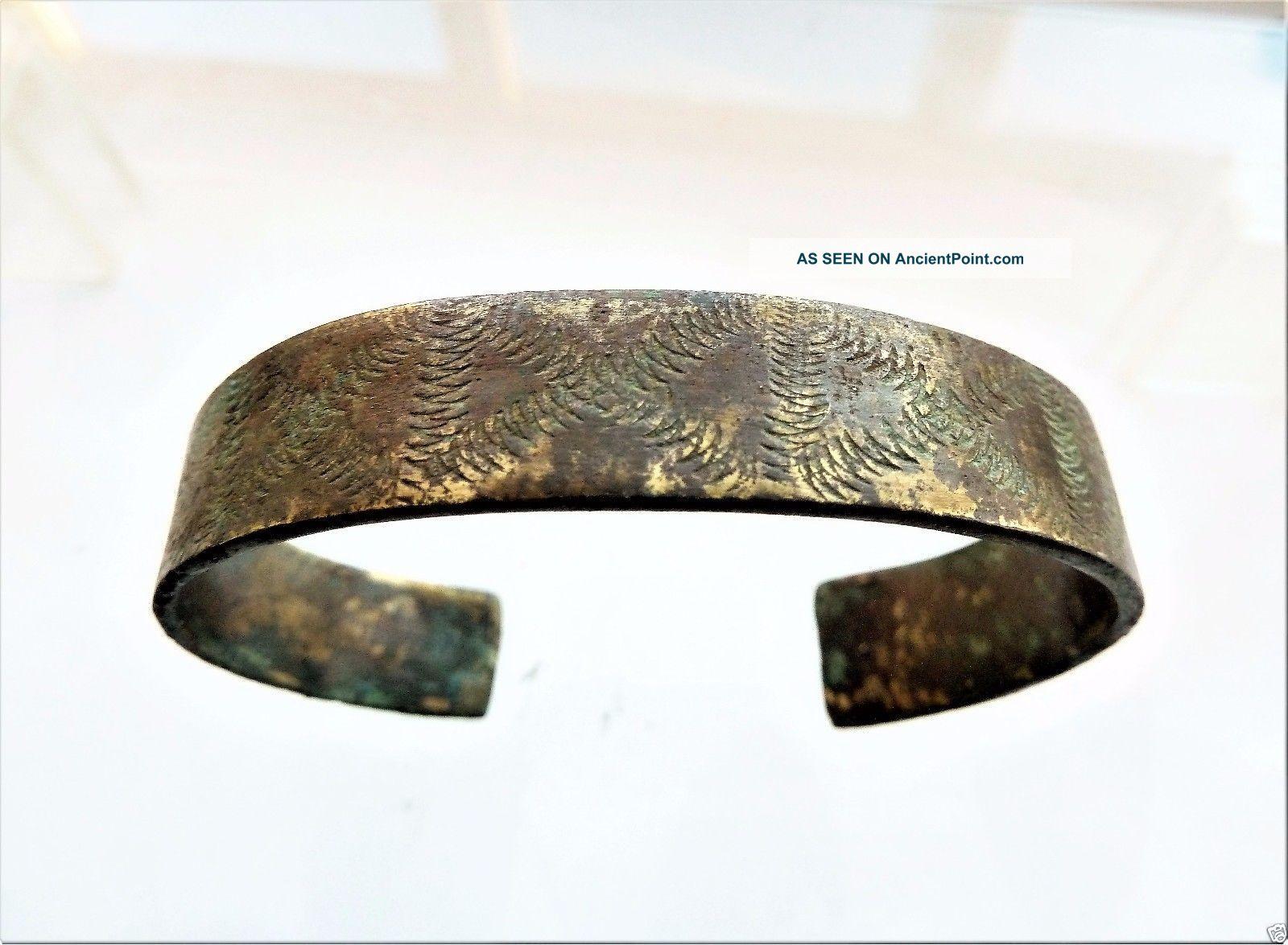Ancient Viking Bronze Bracelet (k589). Viking photo