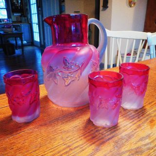 Vintage Northwoods Royal Ivy Pitcher & 3 Tumblers Cranberry To Opaque 1890 ' S photo