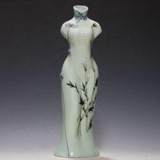 Chinese Famille Rose Porcelain Hand - Painted Flower Cheongsam Shape Vase Csyb408 photo