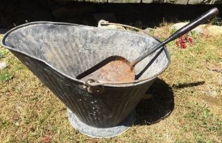 Antique Coal Scuttle Bucket Primitive 17 Reeves Metal Ash Shovel Bail Handle photo