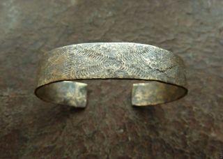 Ancient Bronze Bracelet (k676). photo
