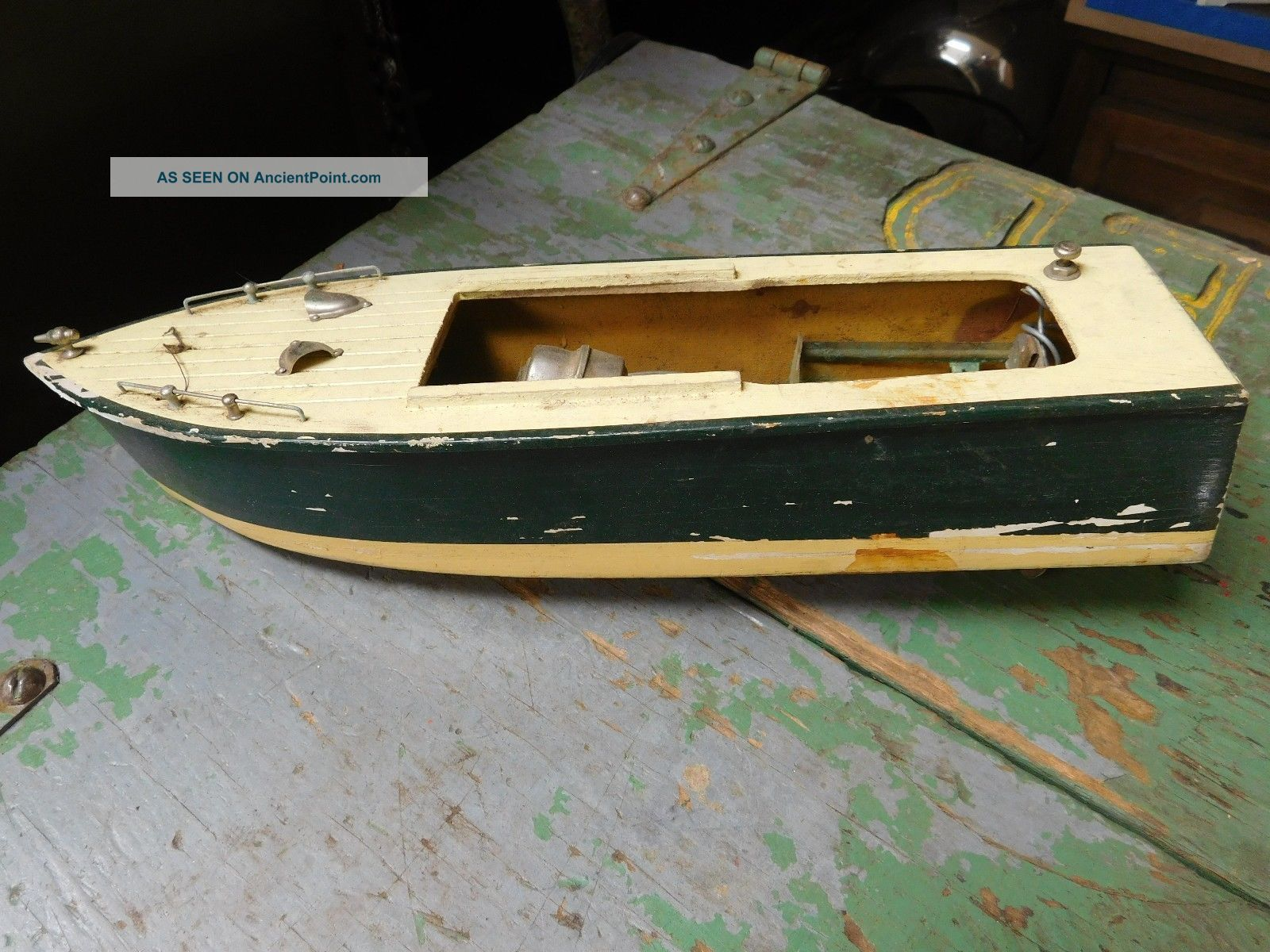 Vintage Motorized Battery Operated Pond Yacht Needs Work Other Maritime Antiques photo