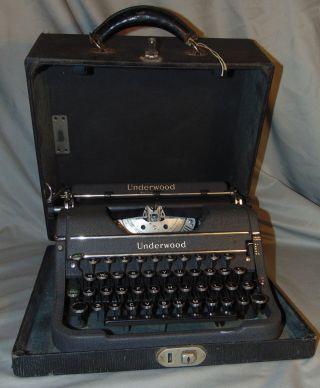 Vintage Underwood Universal Typewriter W/ Case & Key Estate Fresh photo
