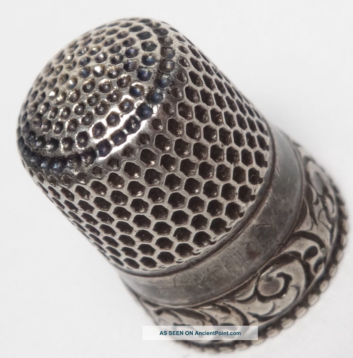 Vintage Sterling Silver Thimble Ornate Scrolling Border Stern Bros Thimbles photo
