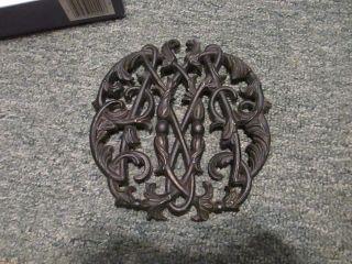 Vtg Black Cast Iron? Colonial Wmsburg Cypher Trivet Grate Cw10 - 14 1950 On Legs photo